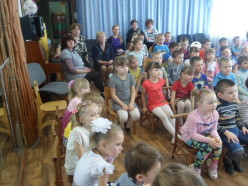 Очень внимательные зрители: педагоги, дети и родители...